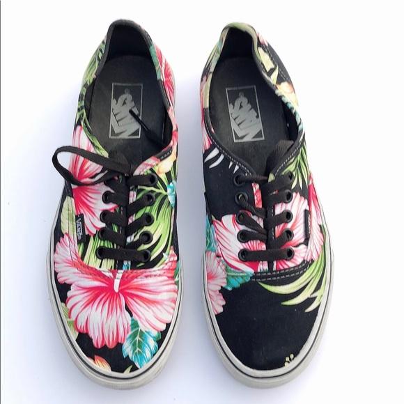 901ceffcc1 VANS Hawaiian Floral Unisex Tennis Shoes Sneakers.  M 5c41252b534ef934f3265541